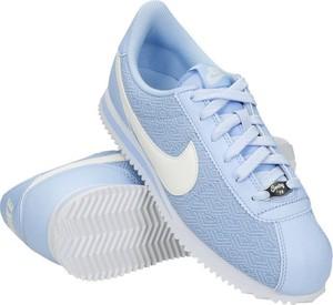 Niebieskie buty sportowe Nike z płaską podeszwą sznurowane cortez