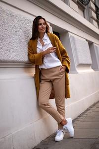 Brązowy sweter Lavard w stylu casual