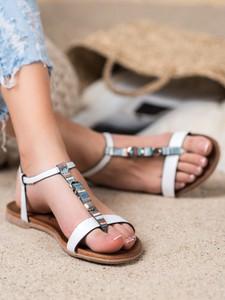 Sandały Czasnabuty z płaską podeszwą z klamrami