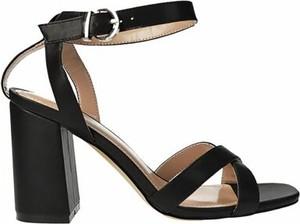 Czarne sandały Jenny Fairy na obcasie z klamrami