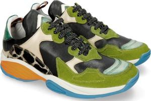 Sneakersy Melvin & Hamilton ze skóry w młodzieżowym stylu