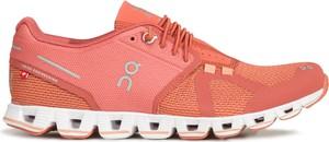 Różowe buty sportowe On Running z płaską podeszwą