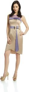 Sukienka Fokus bez rękawów midi z okrągłym dekoltem