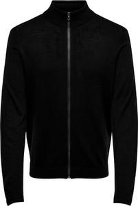 Czarny sweter Only & Sons z wełny