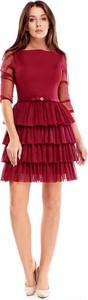 Czerwona sukienka TAGLESS z długim rękawem mini z tiulu