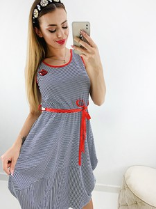 Sukienka Novvi.pl z okrągłym dekoltem mini