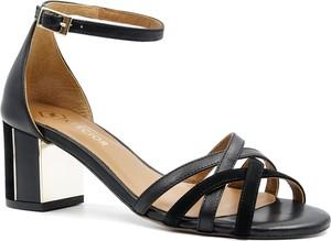 Czarne sandały Neścior na średnim obcasie ze skóry