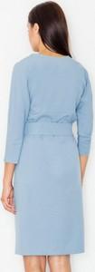 Niebieska sukienka Figl z długim rękawem