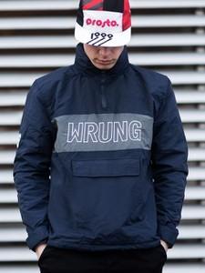 Kurtka Wrung Division w młodzieżowym stylu