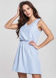 Niebieska sukienka Renee trapezowa mini