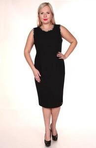 Sukienka Fokus dopasowana z okrągłym dekoltem z szyfonu