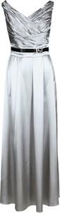 Sukienka Fokus rozkloszowana w stylu glamour z dekoltem w kształcie litery v