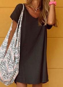 Czarna sukienka Sandbella prosta