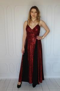Sukienka arioso.pl z dekoltem w kształcie litery v maxi