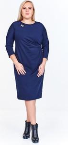 Niebieska sukienka Fokus z długim rękawem midi