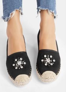 ca0d399d Czarne buty damskie z płaską podeszwą DeeZee, kolekcja lato 2019