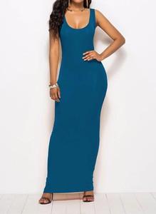Niebieska sukienka Arilook ołówkowa