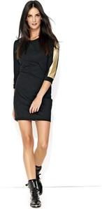 Czarna sukienka Makadamia dopasowana z długim rękawem mini