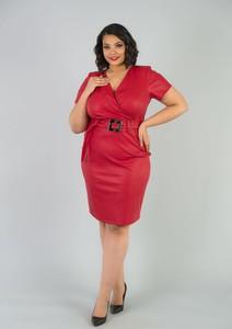 Czerwona sukienka KARKO dla puszystych z krótkim rękawem z dzianiny