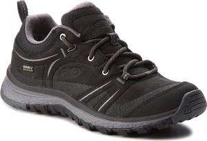 Czarne buty trekkingowe Keen z płaską podeszwą ze skóry w sportowym stylu
