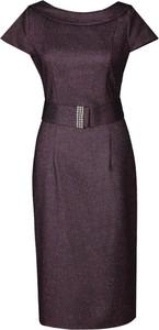 Fioletowa sukienka Fokus z okrągłym dekoltem z krótkim rękawem midi