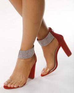 Czerwone sandały born2be na słupku ze skóry ekologicznej na zamek