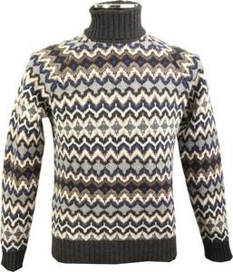 Sweter Altea ze stójką w młodzieżowym stylu