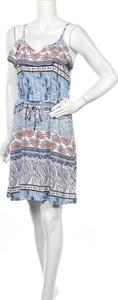 Sukienka Colloseum na ramiączkach