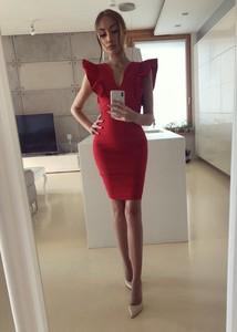 Sukienka Tenezito.com.pl z krótkim rękawem midi