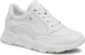 Buty sportowe Wojas z płaską podeszwą sznurowane