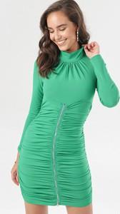 Zielona sukienka born2be dopasowana z golfem mini