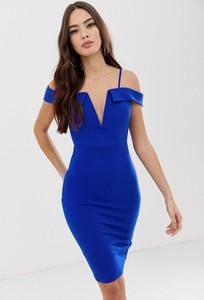 Niebieska sukienka Ax Paris z dekoltem w kształcie litery v z odkrytymi ramionami