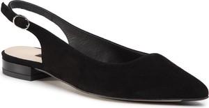 Czarne sandały Gino Rossi z klamrami