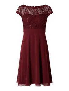 Czerwona sukienka Christian Berg Cocktail midi z krótkim rękawem z szyfonu