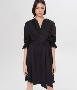 Czarna sukienka Mohito z długim rękawem koszulowa z dekoltem w kształcie litery v