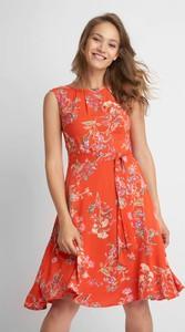 Pomarańczowa sukienka QUIOSQUE w stylu casual