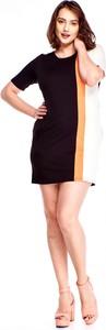 Sukienka Amadeo ołówkowa z okrągłym dekoltem z krótkim rękawem
