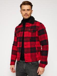 Czerwona kurtka Wrangler krótka
