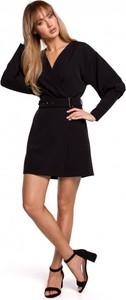 Czarna sukienka MOE mini z dekoltem w kształcie litery v z długim rękawem
