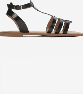 Czarne sandały Multu z płaską podeszwą w stylu casual ze skóry
