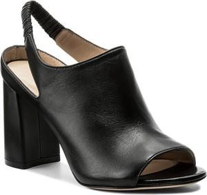 Sandały stuart weitzman ze skóry