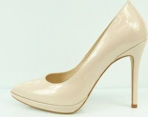 bd06af54 buty damskie szpilki beżowe - stylowo i modnie z Allani