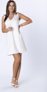 Sukienka Ptakmoda.com z dekoltem w kształcie litery v bez rękawów prosta