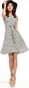 Sukienka Tessita w stylu casual midi bez rękawów