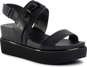 Czarne sandały eobuwie.pl na platformie