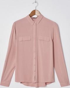 Różowa koszula House