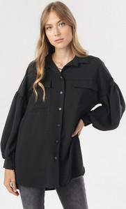 Czarna koszula born2be w stylu casual z długim rękawem