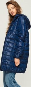 Granatowy płaszcz Sinsay
