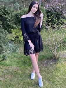 Sukienka Grandio z długim rękawem