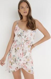 Sukienka born2be z dekoltem w kształcie litery v na ramiączkach mini